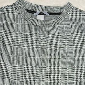 H&M Dresses - H&M Black & White Plaid Puff Sleeve Dress